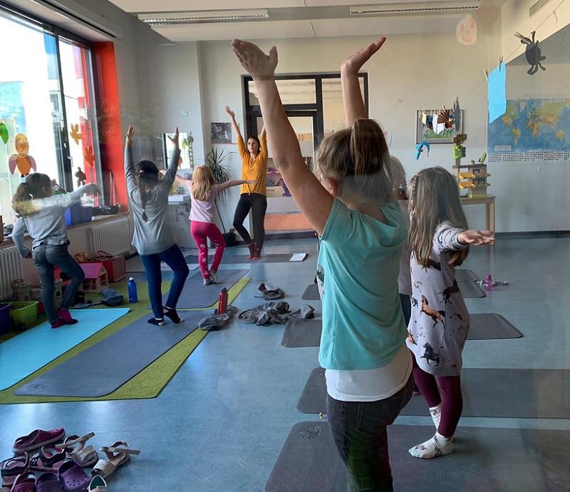 "Projekt: Kinder-Yoga im Hort ""Am Regenstein"""